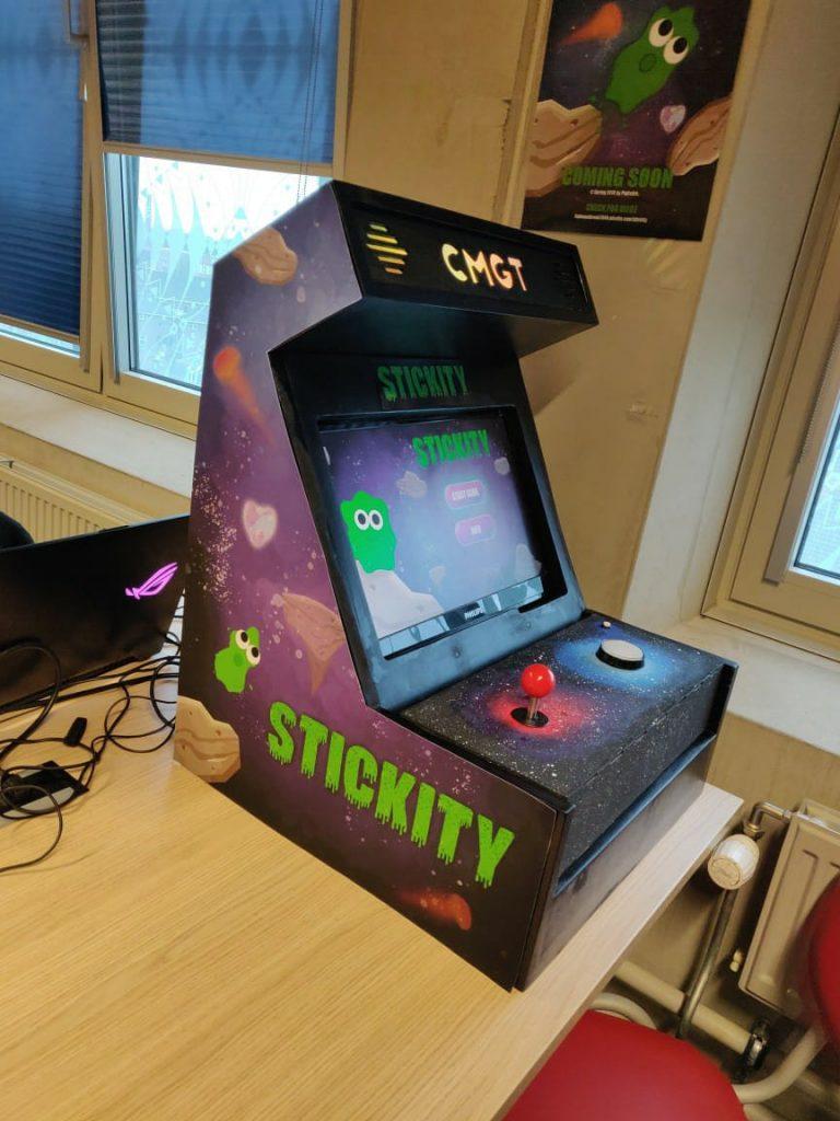 Stickity Arcade Machine Stefan Volkers